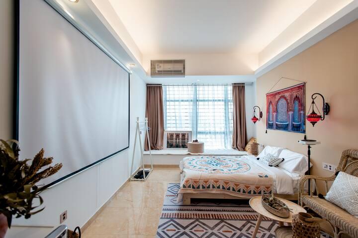 「假装摩洛哥」地段超好的公寓|巨幕高清私人投影|带停车场|美食打卡