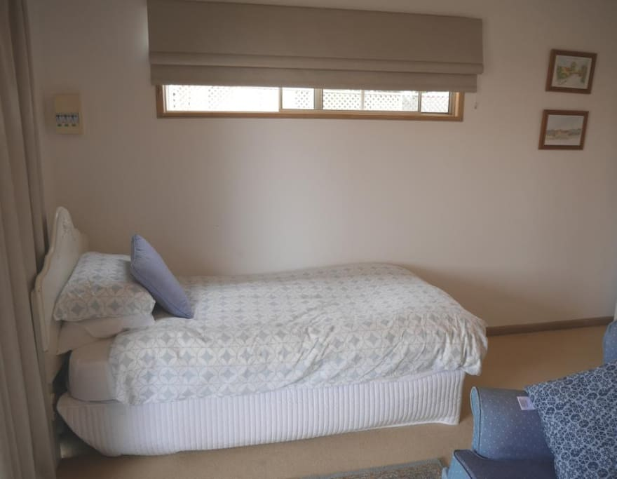 Comfy single bed