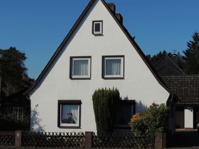 """Ferienhaus """"Snevern"""" - Schneverdingen - Talo"""