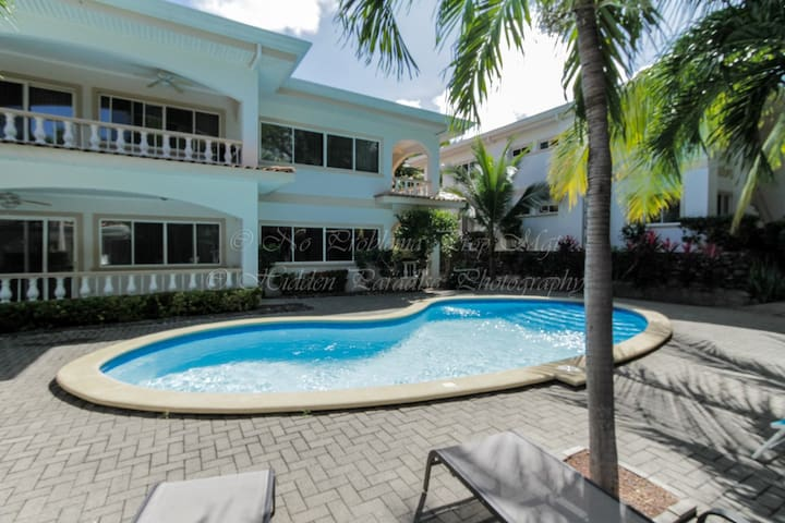 Luxury Condo Close To The Beach - Playa Hermosa - Condominio