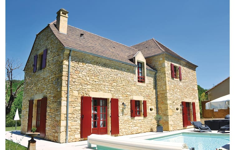 Holiday cottage with 4 bedrooms on 0 m²