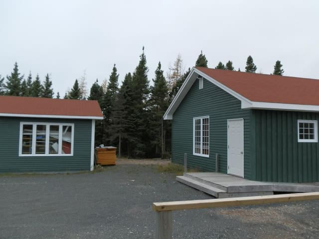 Cabin bungalow in affitto a sandringham newfoundland for Cabine in affitto a victoria bc