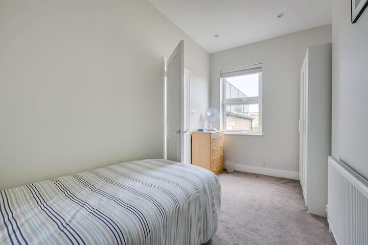 Ideal single room , Parsons Green, Fulham, SW6