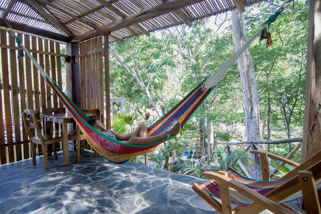 This is a place to relax and live simply : share a good cup of coffee,  get a massage, observed the local flora and fauna, have a nap in the hammock, bathe in the sea, watch the sunset on the Pacific Ocean, or fall asleep looking at the stars .