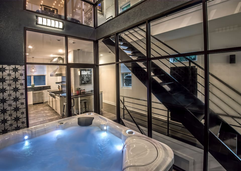 Indoor Hot Tub Massive Luxury Home Gated Parking March 2021 Baltimore Maryland Md Usa 4 Bedroom 2 Bathroom
