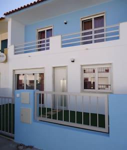 Casa de férias a 6 min a pé da praia - Santa Cruz - A dos Cunhados - Loma-asunto