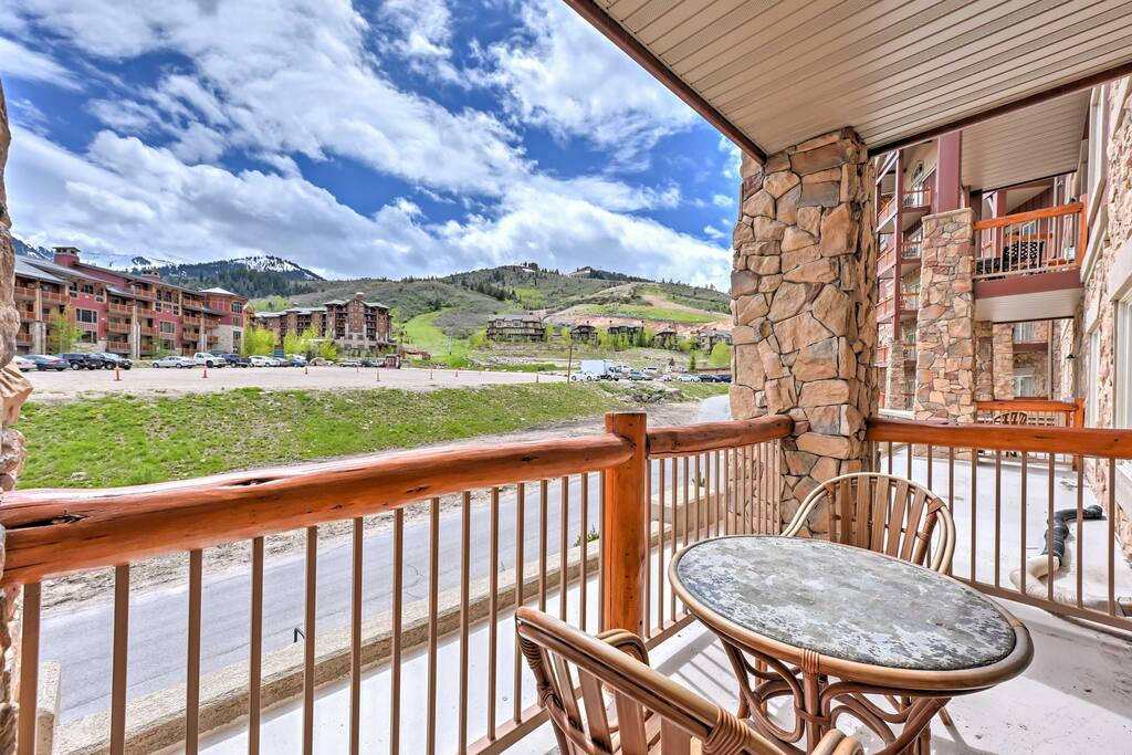 Relax on your private patio and enjoy splendid views of the mountains.