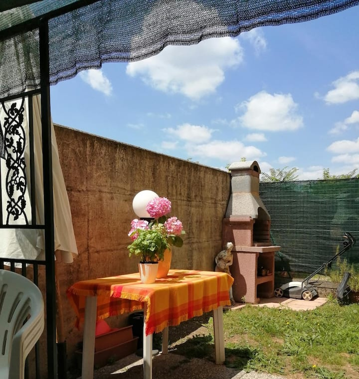 10min da Policlinico San Donato, WIFI+garden 4pers