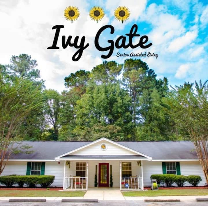 Ivy Gate Living Suite C