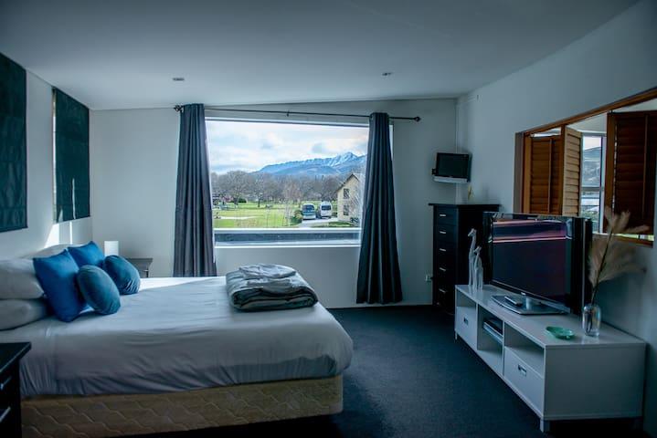 Room1-Master Bedroom (superking) on the second floor (ensuite)