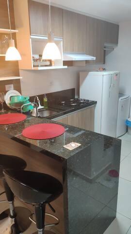 Cozinha com Área de Lavar