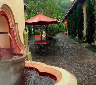 Luxury Cozy Villa in Antigua Guatemala - Antigua Guatemala