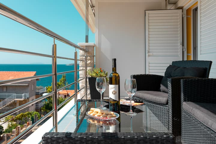 Fancy Apartments Dream - Standard One Bedroom Apartment with Balcony ( 2 )
