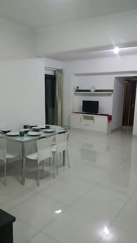 Condo Karawaci next to univ & mall - Lägenhet