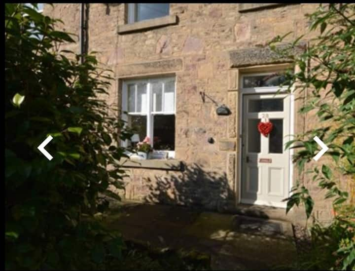 Eden Cottage - cosy self catering cottage