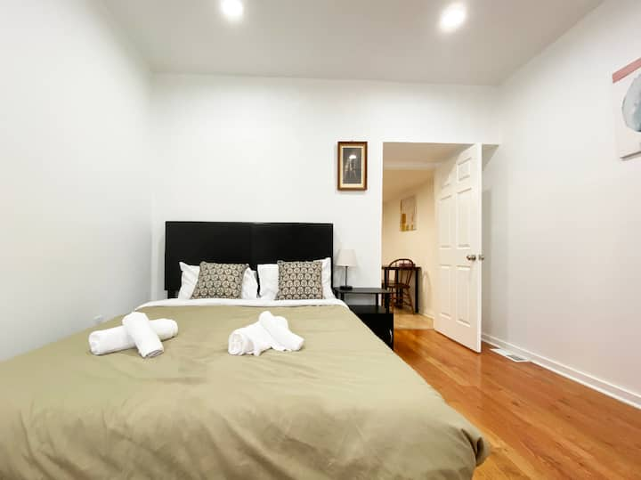 Homey Apartment at Best Location