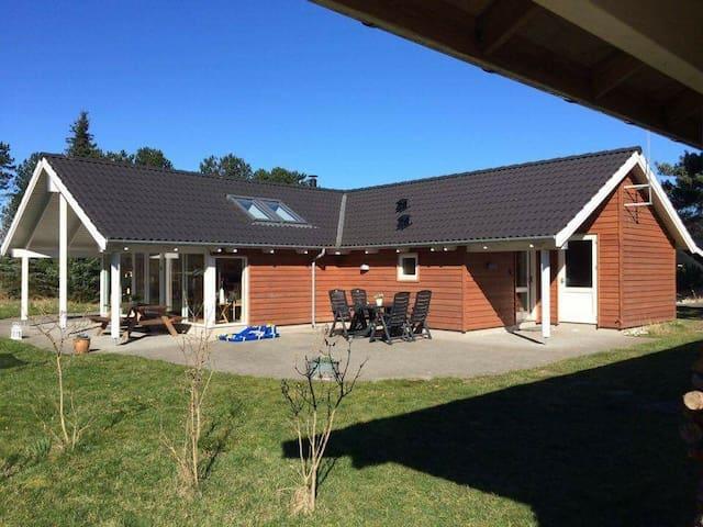 Børnevenligt sommerhus i Odsherreds skønne natur - Nykøbing Sjælland - Houten huisje