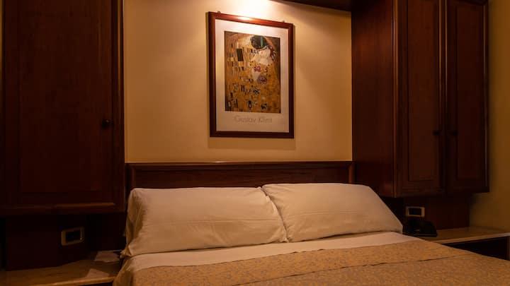 Double Comfort  Room Hotel Gangi