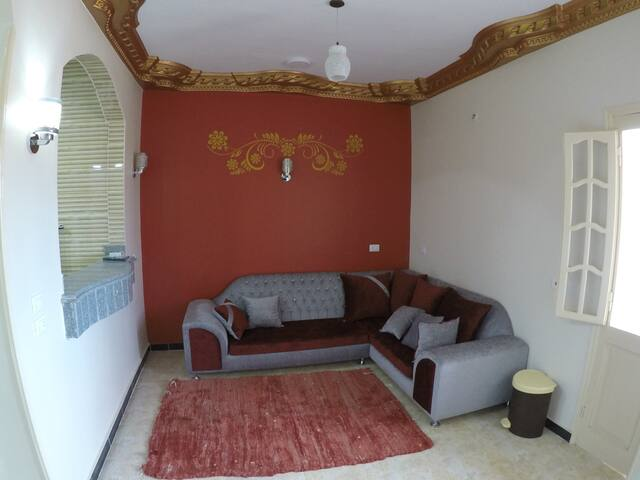 2 Bed apartment- fully nicely furnished and equipped. For long or short term rent. With balcony and sea view. The apartment has a fully fitted kitchen, fridge etc. Property includes a full set of linen and towels for your use, so you can immediately move