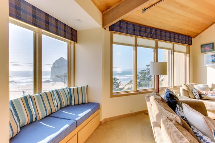 Dog-friendly home with private hot tub, easy beach access, amazing ocean views