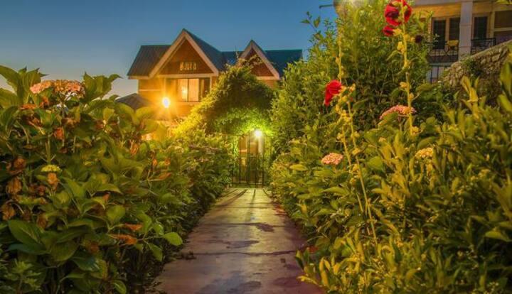 Exotic Cottages in Shimla # HPSHA009