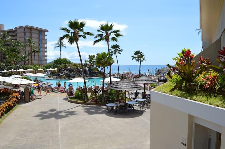 Luxury Ocean View Kaanapali Beach Club Condo for 4