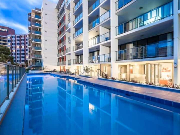 East Perth 1 Bed Penthouse with beautiful views
