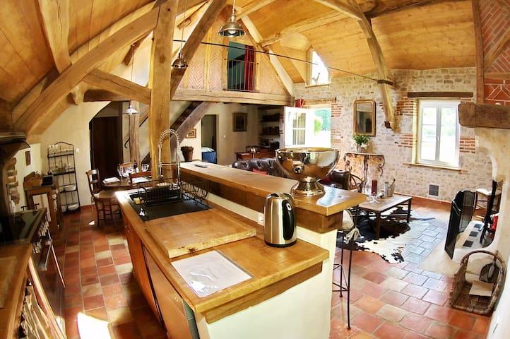 Maison de Luxe dans la forêt d'Orléans - Combreux - House