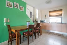 2 bedroom with outside terrace in trendy Woodstock
