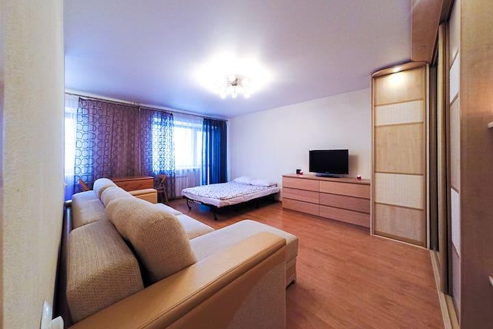 Уютная студия в самом центре, Попова 10