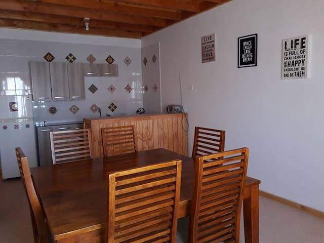 Cómoda casa en pleno centro de Caldera.