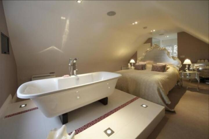 Luxury private room in North Worcestershire