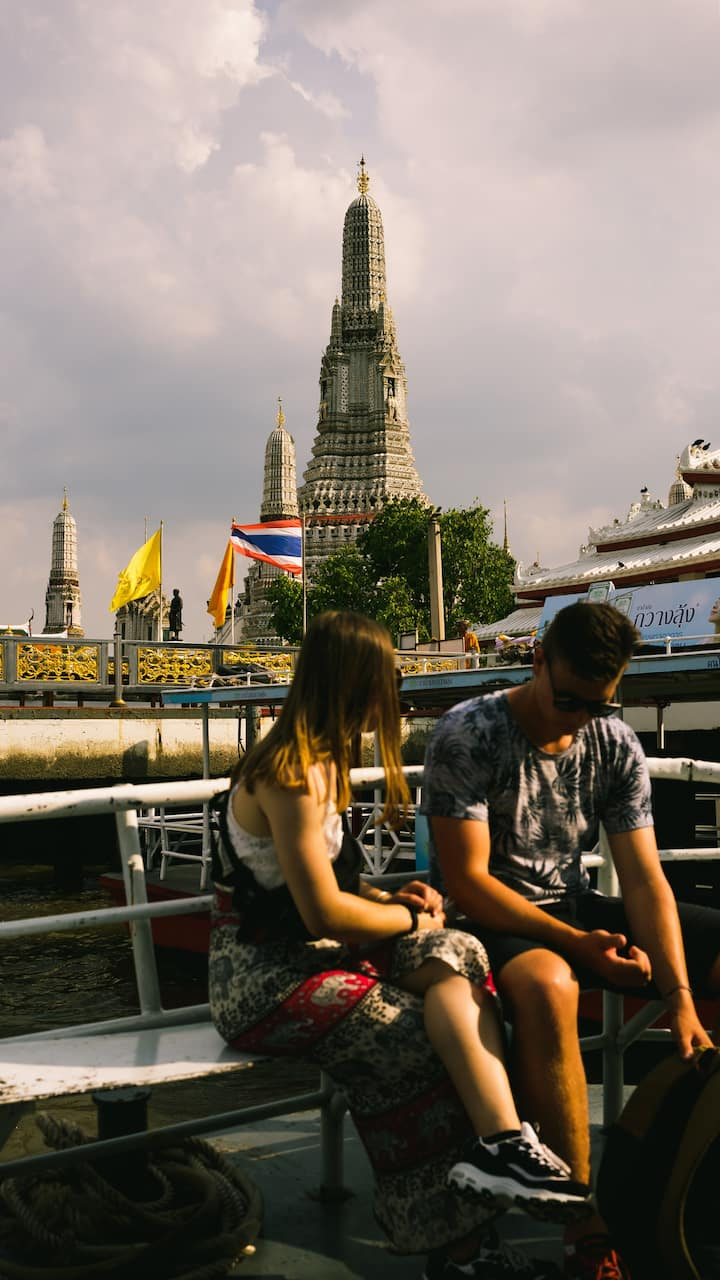 Departure from Wat Arun