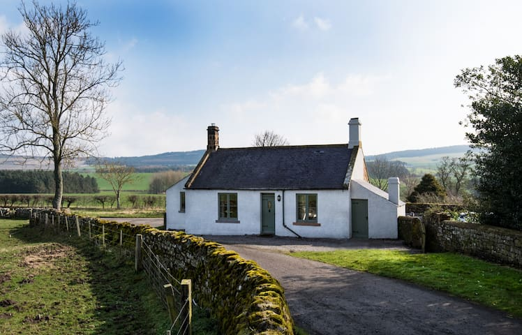 A true country cottage