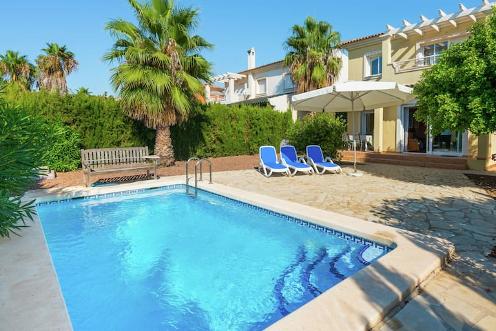 Moderne Villa in Murcia mit Swimmingpool
