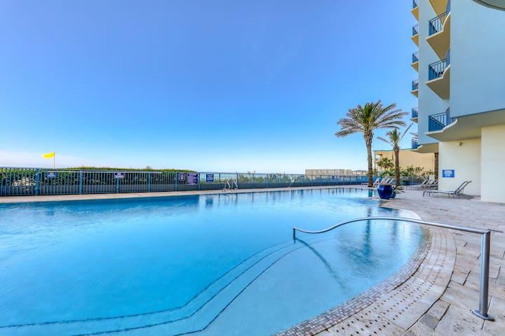 Gulf-front condo w/ balcony, seasonal beach service & shared pool/hot tub!