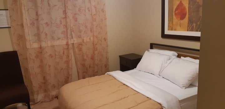 Bright and Comfortable double bedroom 3