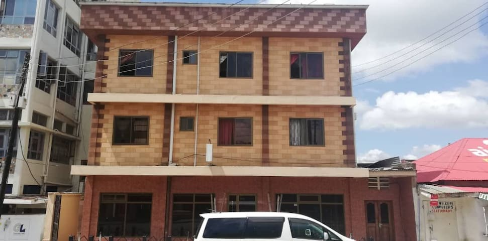 Arusha center tourist inn