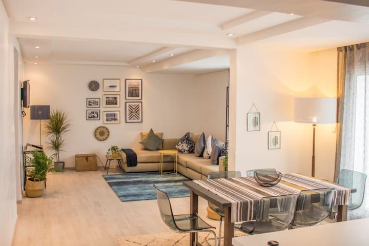 Cosy and central apartment with 2 rooms, welcome!