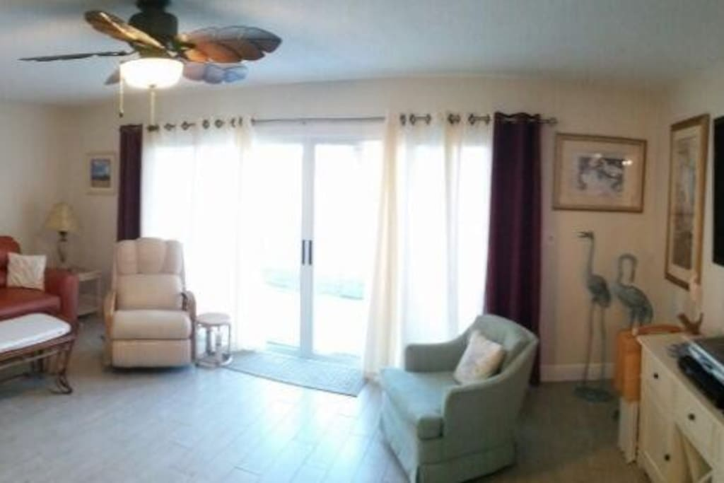 Living Room- Panoramic