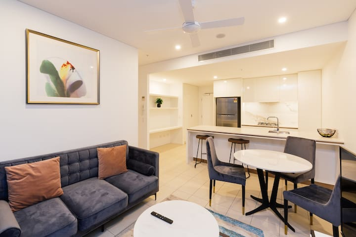 New Designer 1 Bedroom Unit in South Brisbane !