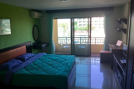Studio with Pool in Great Location (Nimman area) - Chang Phueak