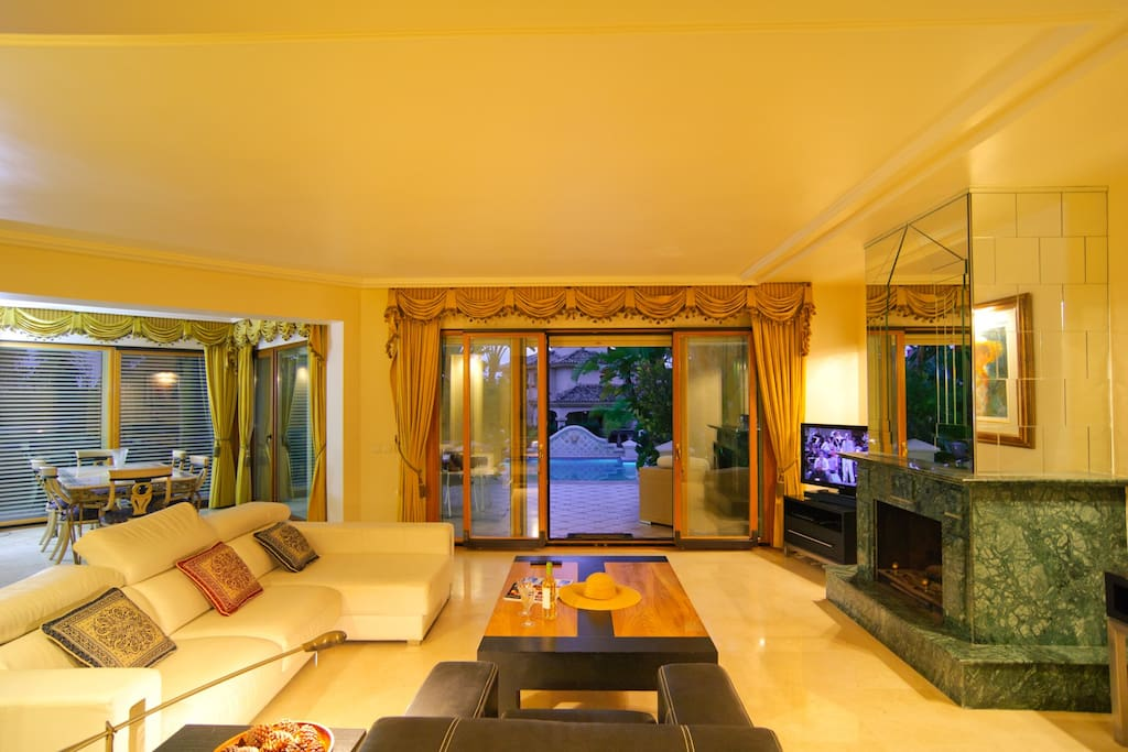 Large lounge area with comfortable sofas in living