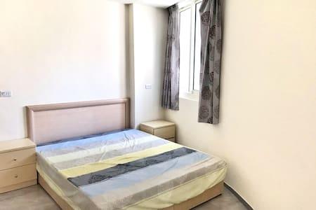 高雄舒適房間!共用大客廳.廚房.衛浴~背包客首選comfortable room Kaohsiung