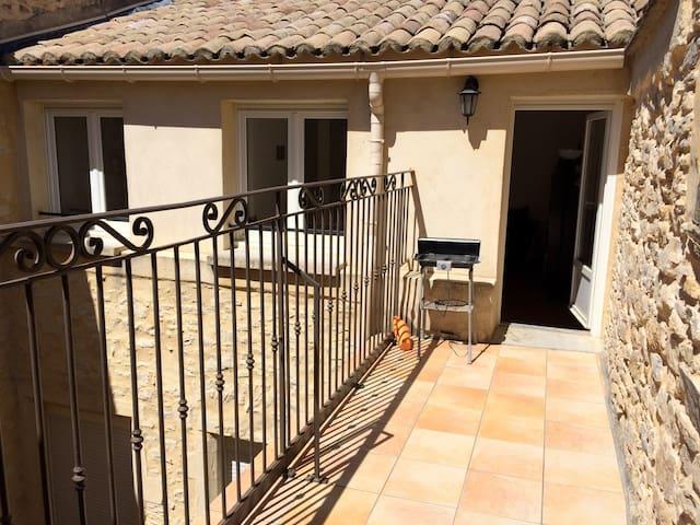 Appartement cosy avec terrasse à Bagnols sur Cèze - Bagnols-sur-Cèze