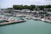 Puerto Deportivo (cafeterías, heladerías, restaurantes...)