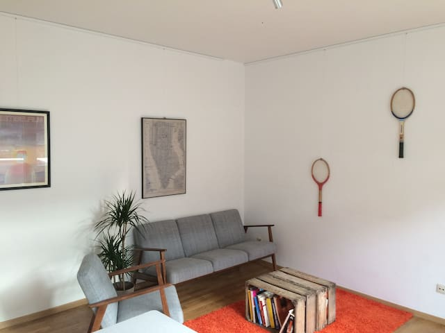 Bright and cosy apartment with balcony - Saint-Gilles - Apartamento