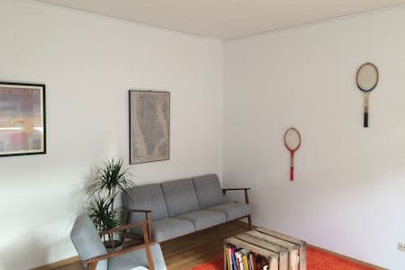 Bright and cosy apartment with balcony - Saint-Gilles - Flat