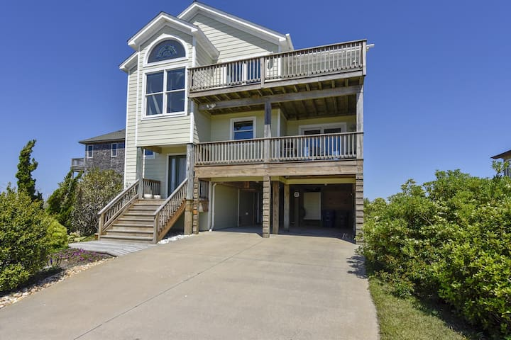Cedar Island -- Canalfront Home with Panoramic Water and Sunset Views!