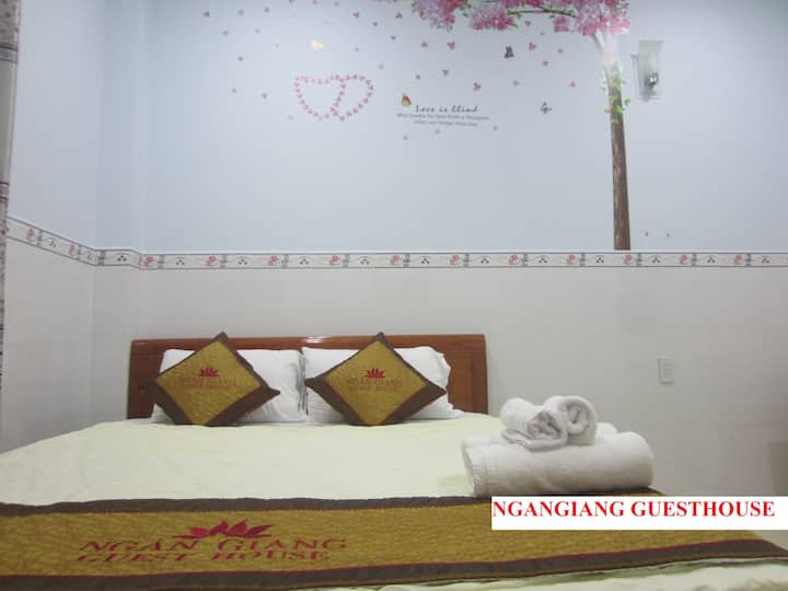 NganGiang Guest house ( double room)